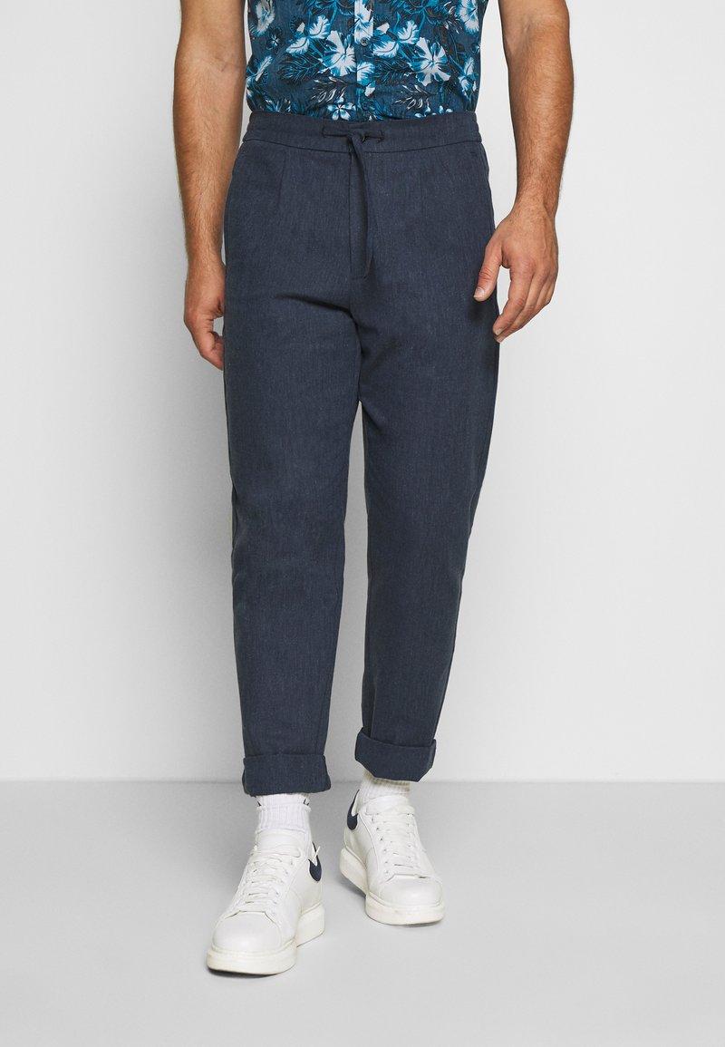 Lindbergh - WIDE PANTS ELASTIC - Trousers - dark blue mix