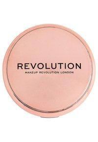 Make up Revolution - CONCEAL & DEFINE POWDER FOUNDATION - Foundation - p1 - 3