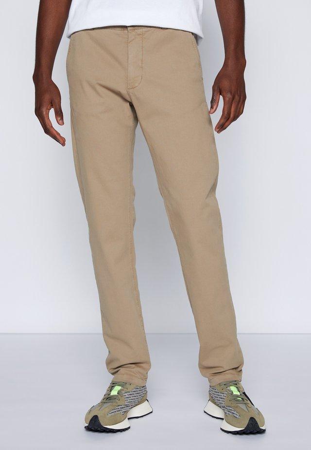 CLARK - Pantalones chinos - khaki
