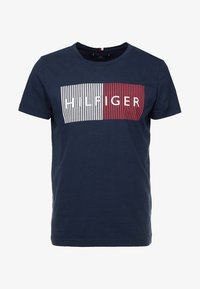 Tommy Hilfiger - CORP MERGE TEE - Print T-shirt - blue - 4