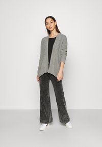 Hollister Co. - MATTE CHENIILE  - Cardigan - dark grey - 1