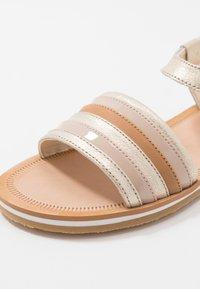 Clarks - FINCH STRIDE - Sandals - metallic - 5