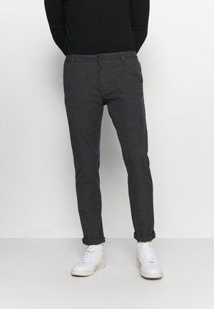 SLHSLIM STORM FLEX SMART PANTS - Trousers - grey