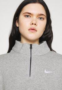Nike Sportswear - TREND - Sweatshirt - grey heather/matte silver/white - 3
