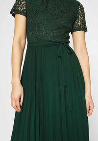 Dorothy Perkins - ALICE PLEAT MIDI - Cocktail dress / Party dress - green - 6