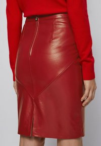 BOSS - Pencil skirt - dark red - 3