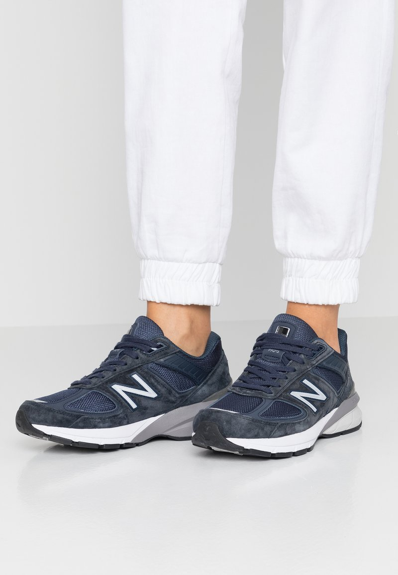New Balance - W990 - Trainers - navy/silver