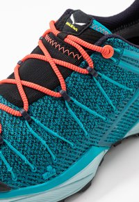 Salewa - DROPLINE GTX - Hiking shoes - ocean/canal blue - 5
