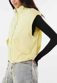 Bershka - Light jacket - yellow - 3