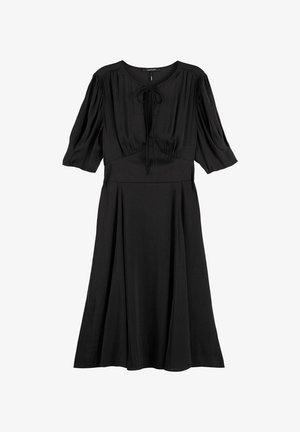 DRAPEY MIDI LENGTH DRESS - Korte jurk - grau