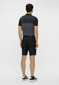 J.LINDEBERG - ELOY - Outdoor shorts - black - 2