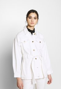 Who What Wear - THE BELTED JACKET - Short coat - white - 0