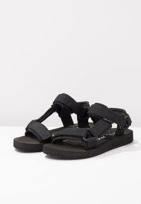 Vero Moda - VMMARBLE - Sandales de randonnée - black - 4