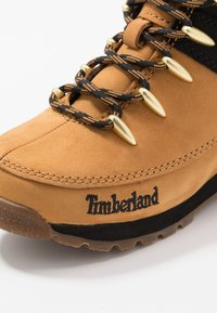 Timberland - EURO SPRINT - Lace-up ankle boots - wheat - 5