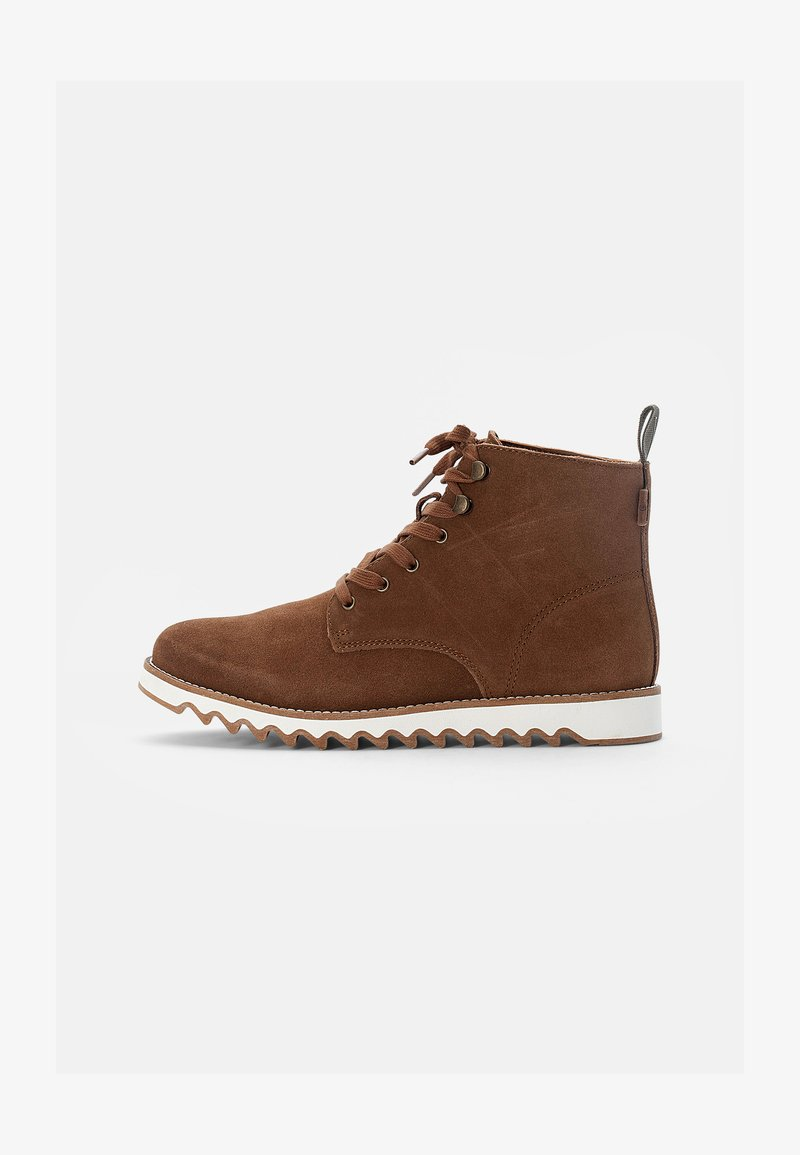 Levi's® - BERGBOOT RIPPLE - Šněrovací kotníkové boty - medium brown