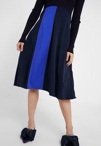 Sportmax Code - RUPIA - Strikket kjole - blau - 4