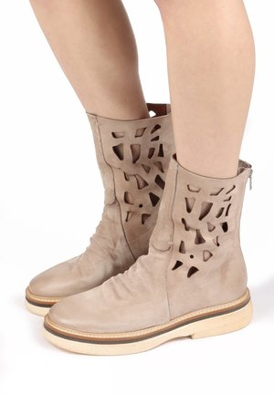 Ankle boots - dust
