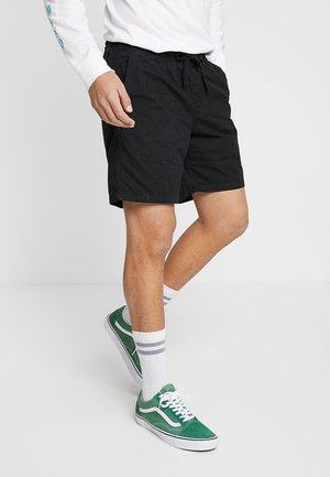 MN RANGE SHORT 18 - Shorts - black