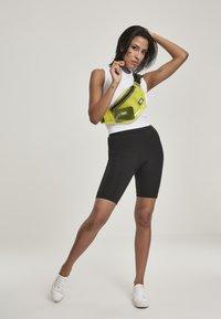Urban Classics - Shorts - black - 1