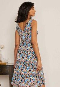 Boden - EFFIE  - Jersey dress - naturweiß, palme - 1