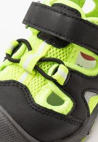 Pax - PEPPER - Chodecké sandály - black/lime - 2