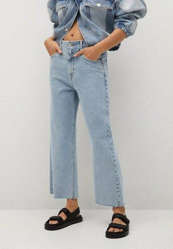 JULIETA - Relaxed fit jeans - middenblauw