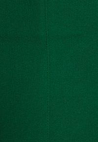 Banana Republic - NECK SHEATH SOLID - Day dress - luscious green - 2