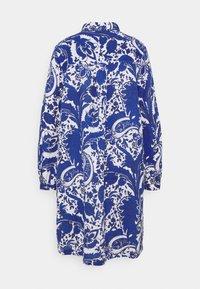 Emily van den Bergh - Skjortekjole - blue - 1