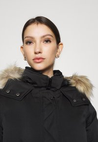 Hollister Co. - ELEVATED DOWN PARKA  - Down coat - black - 4