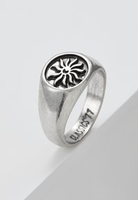 Classics77 - CHILDREN OF THE SUN SIGNET RING - Ring - silver-coloured - 4