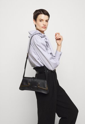 SHOULDER BAG SMALL BUCKLE - Taška spříčným popruhem - black