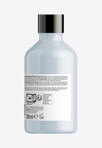 L'OREAL PROFESSIONNEL - Paris Serie Expert Instant Clear Shampoo - Shampoo - - - 1
