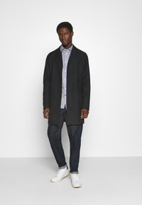 Selected Homme - SLHSLIMPEN - Camicia elegante - dark blue - 1