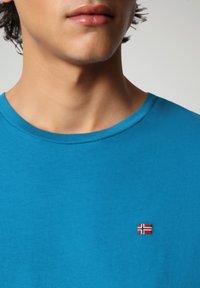 Napapijri - SALIS - T-shirt basic - mykonos blue - 2