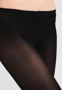 FALKE - FALKE PURE MATT 50 DENIER LEGGINGS HALB-BLICKDICHT MATT SCHWARZ - Leggings - Stockings - black - 1