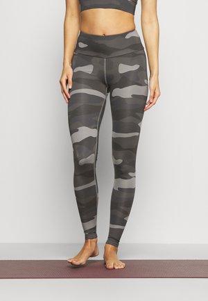 LEGGINGS CAMO  - Tights - grey