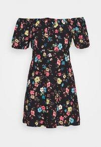 JDY - JDYGITTE SVAN OFF SHOULDER DRESS - Robe en jersey - black/multicolour - 3