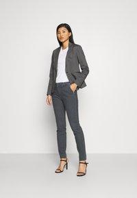 Mos Mosh - BLAKE GALLERY PANT - Slim fit jeans - grey - 1