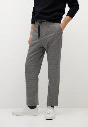 BEN - Tracksuit bottoms - braun
