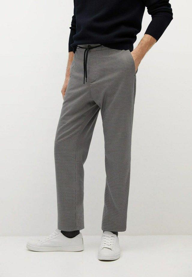 BEN - Pantalon de survêtement - braun