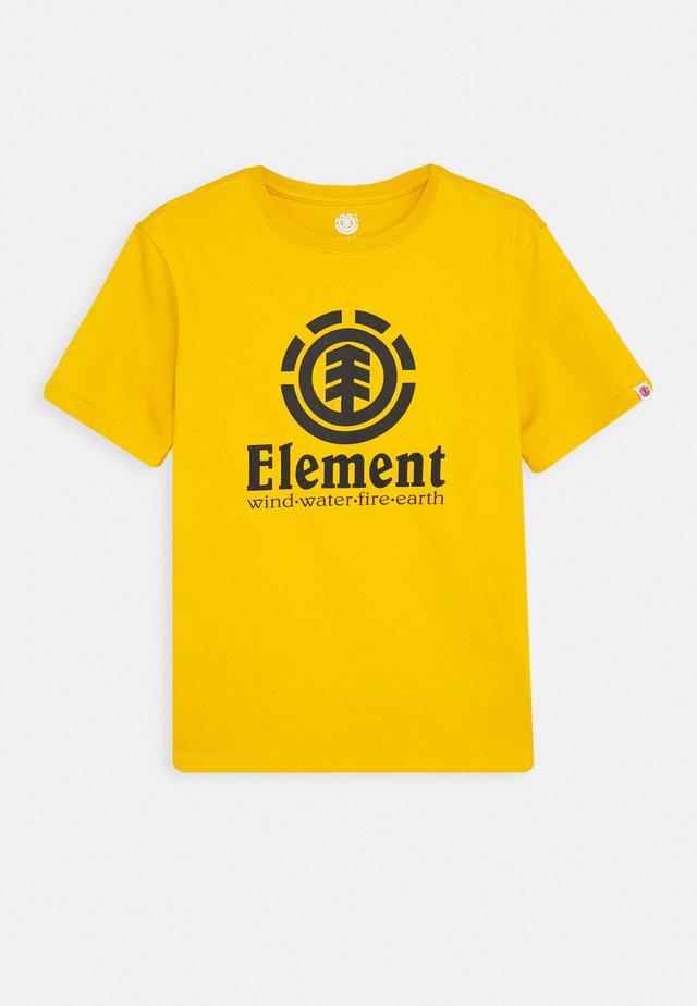 VERTICAL BOY - T-shirts med print - old gold