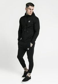 SIKSILK - AGILITY ZIP THROUGH HOODIE - Giacca sportiva - black - 1
