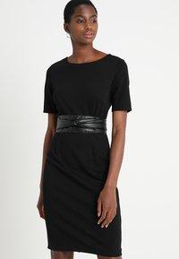 KIOMI - Shift dress -  black - 0