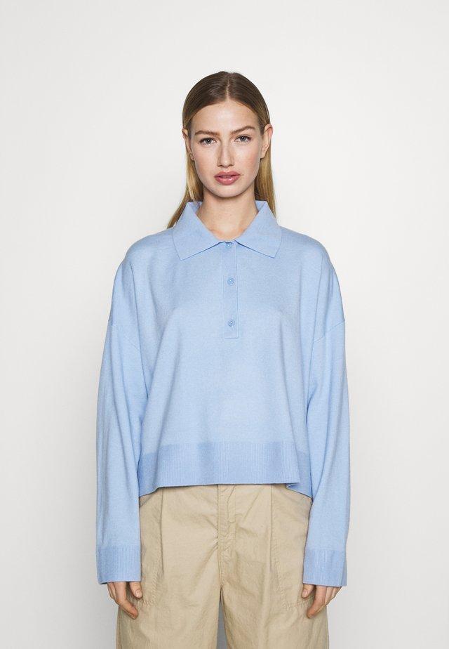 MONIQUE - Sweter - light blue