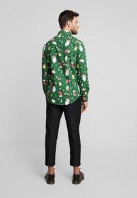 OppoSuits - SANTABOSS - Shirt - green - 2