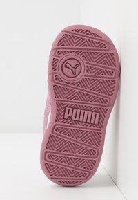 Puma - STEPFLEEX 2 UNISEX - Sportschoenen - white/pink - 5