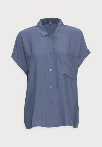 EASY FIT - Skjortebluser - vintage indigo blue
