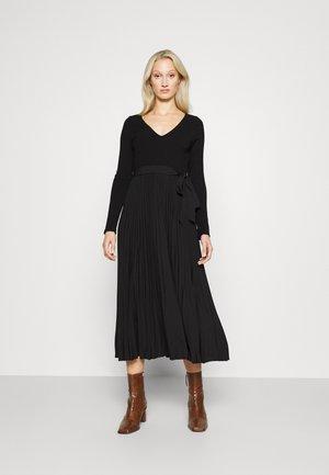 ERYNN PLEATED DRESS - Maxi dress - jet black