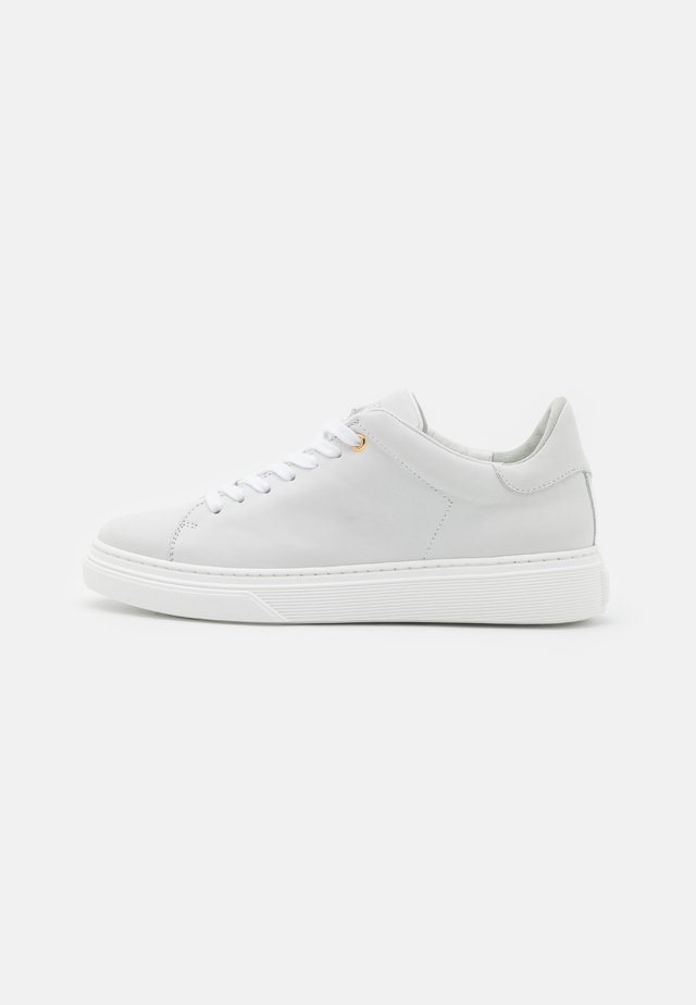 CANDICE - Trainers - white