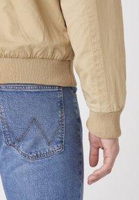 Wrangler - Summer jacket - sand - 4